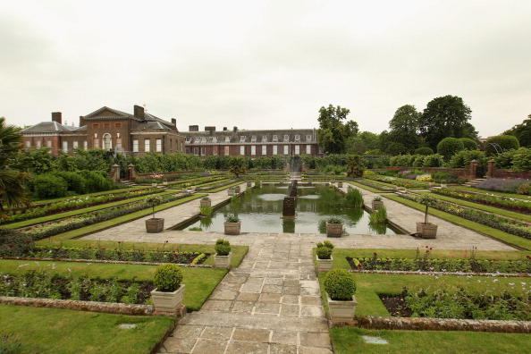 Kensington Palace「The Duke And Duchess Of Cambridge Announce Plans To Live In Apartments At Kensington Palace」:写真・画像(8)[壁紙.com]