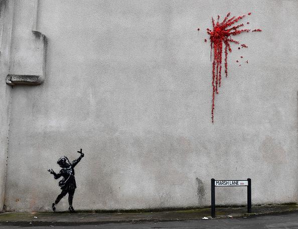 Art「Banksy Valentine's Street Art Appears In Bristol」:写真・画像(14)[壁紙.com]