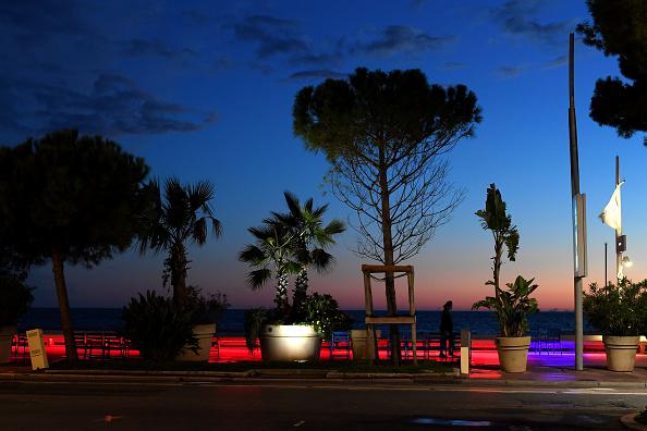 "Atmosphere「""Special Cannes 2020 : Le Festival Revient Sur La Croisette !"" Atmosphere Prior The Opening Of The Cannes Film Festival」:写真・画像(17)[壁紙.com]"