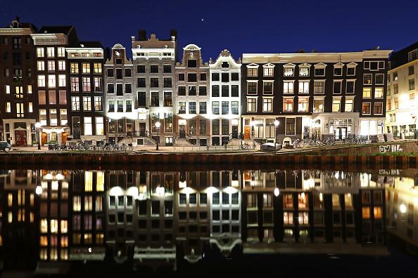 Canal「The Netherlands Extends Coronavirus Lockdown As Cases Spread」:写真・画像(4)[壁紙.com]