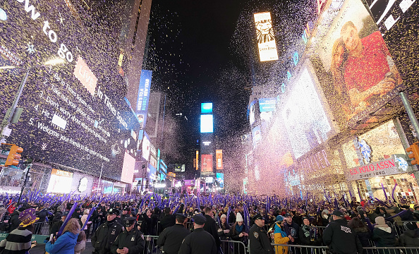 New Year's Eve「New Year's Eve 2017 In Times Square」:写真・画像(0)[壁紙.com]