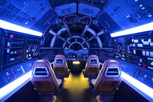 Riding「Star Wars: Galaxy's Edge Walt Disney World Resort Opening」:写真・画像(14)[壁紙.com]