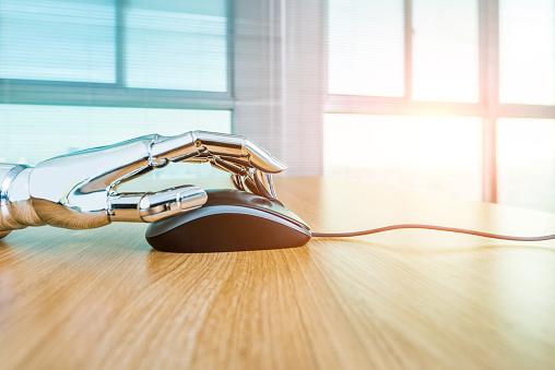 Robot Arm「Robot's hand using computer mouse」:スマホ壁紙(17)