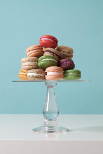 Macaroon「Macaroon Cookies on teal background」:スマホ壁紙(1)