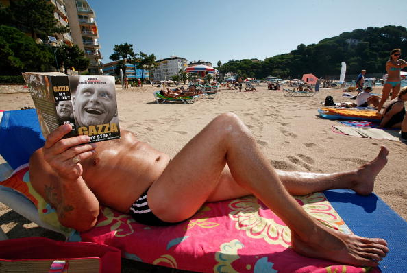 Tourist「British Holidaying Abroad Keep Tight Rein On Budget」:写真・画像(18)[壁紙.com]