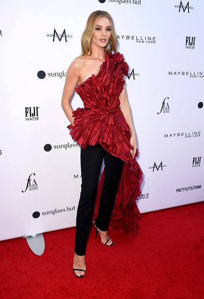 Rosie Huntington-Whiteley「The Daily Front Row's 5th Annual Fashion Los Angeles Awards - Arrivals」:写真・画像(2)[壁紙.com]