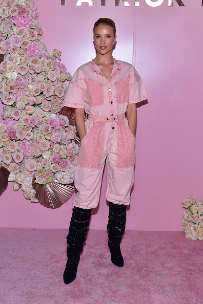 Rosie Huntington-Whiteley「Launch Of Patrick Ta's Beauty Collection」:写真・画像(15)[壁紙.com]