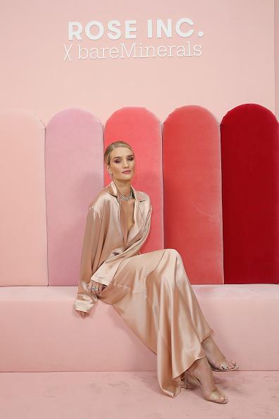 Rosie Huntington-Whiteley「Rose Inc. + bareMinerals Beauty Master Class」:写真・画像(11)[壁紙.com]