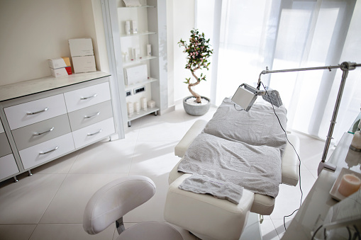 Skin Care「Dermatology studio and a beauty spa with a massage table」:スマホ壁紙(18)