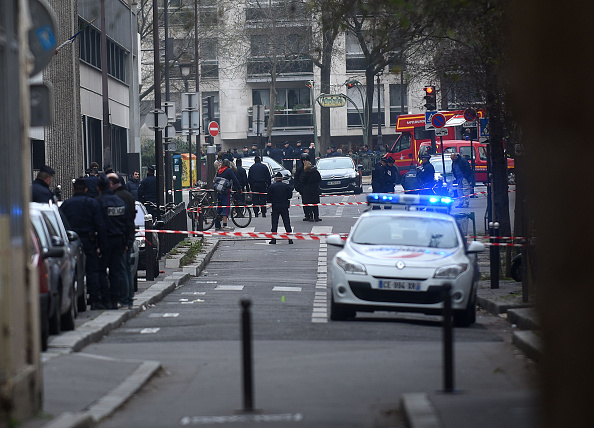Charlie Hebdo「Deadly Attack On French Satirical Magazine Charlie Hebdo In Paris」:写真・画像(1)[壁紙.com]