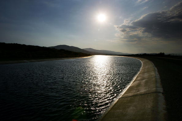 Bridge - Built Structure「California's Water Needs Expected To Jump 25% In Next 40 Years」:写真・画像(15)[壁紙.com]