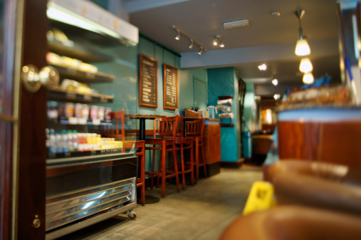 Entrance「Display case and furniture in interior of cafe」:スマホ壁紙(13)