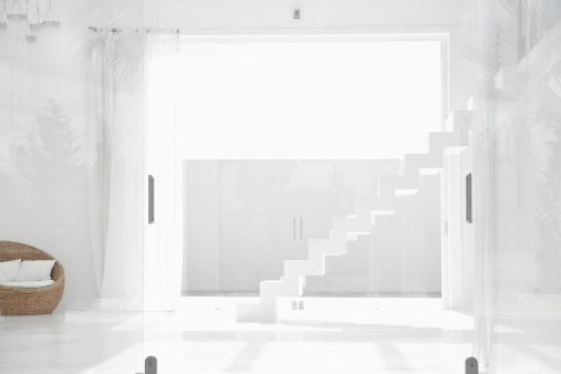 Curtain「Spain, Modern living room with stairs」:スマホ壁紙(0)