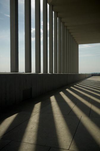 Postmodern「Sunlight and Shadows Through Columns of Building」:スマホ壁紙(17)