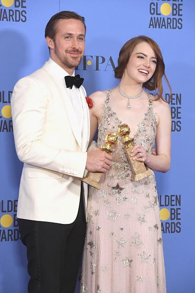 Emma Stone「74th Annual Golden Globe Awards - Press Room」:写真・画像(2)[壁紙.com]
