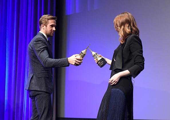 Santa Barbara International Film Festival「The 32nd Santa Barbara International Film Festival - Outstanding Performers: Ryan Gosling and Emma Stone Presented by Belvedere」:写真・画像(19)[壁紙.com]