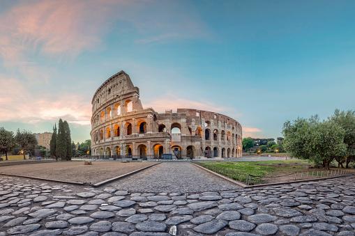 Rome - Italy「Sunrise at Colosseum, Rome, Italy」:スマホ壁紙(18)