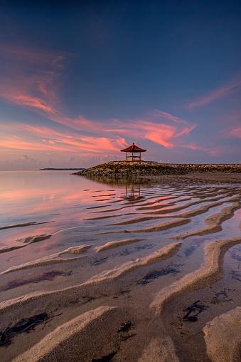 Bali「Sunrise at Mertasari Beach, Bali, Indonesia」:スマホ壁紙(18)