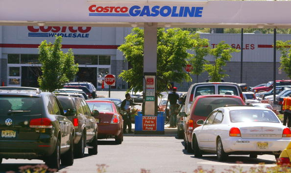 Costco Wholesale Corporation「Rise In Gas Prices Sends Drivers To Costco」:写真・画像(18)[壁紙.com]