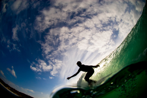 Shallow「Surfer Silhouetted On Wave」:スマホ壁紙(17)