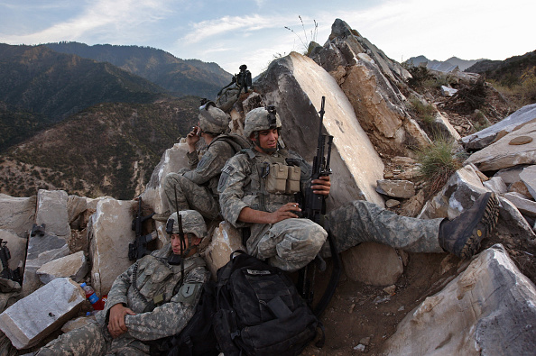 Relaxation「U.S. Forces Battle Taliban In Kunar Province」:写真・画像(19)[壁紙.com]