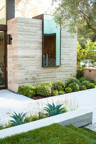City Of Los Angeles「Skylight window on a modern home」:スマホ壁紙(8)