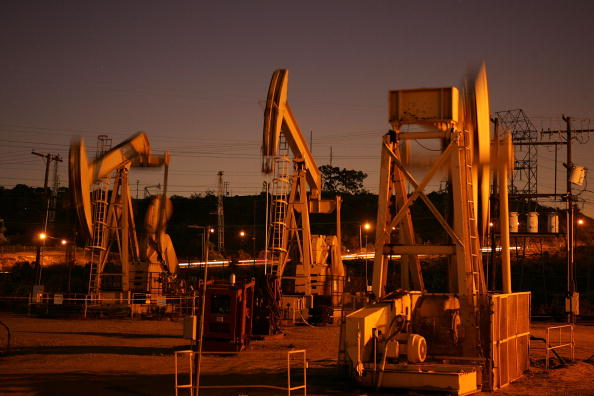 Industry「High Oil Prices Continue To Drive Gas Prices Steadily Upwards」:写真・画像(14)[壁紙.com]