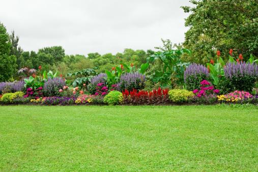 Landscaped「Lawn and Formal Garden」:スマホ壁紙(5)