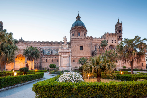 Cathedral「Palermo Cathedral at dusk, Sicily Italy」:スマホ壁紙(5)