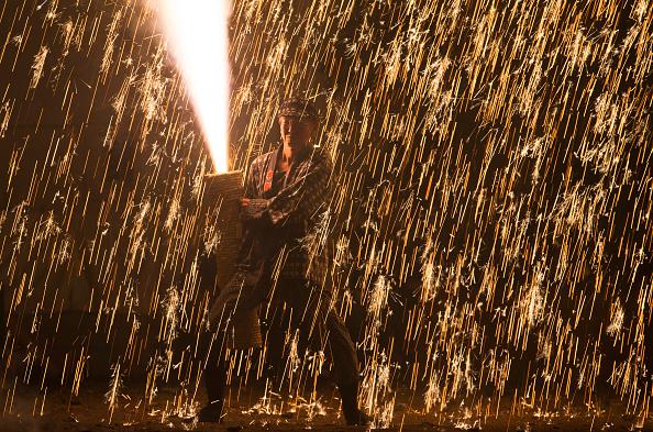 Tokai Region「Hand-held Firework Festival In Toyohashi」:写真・画像(2)[壁紙.com]
