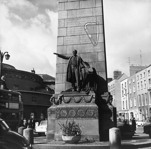Square - Composition「Parnell's Statue」:写真・画像(14)[壁紙.com]