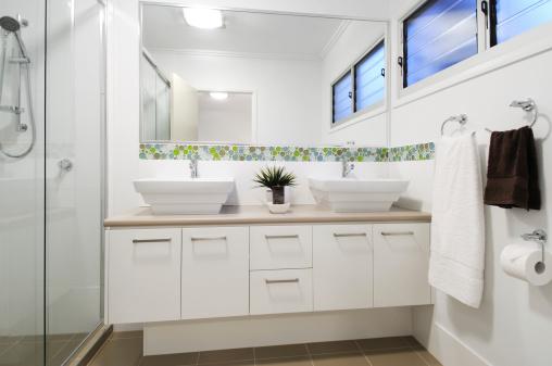 Vanity「Modern apartment bathroom」:スマホ壁紙(6)