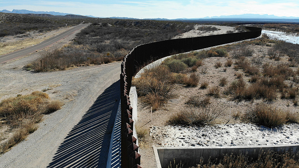 Southern USA「Border Wall Funding Continues To Be Divisive Issue Prolonging Government Shutdown」:写真・画像(0)[壁紙.com]