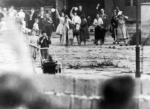 Berlin Wall「A Divided People」:写真・画像(19)[壁紙.com]