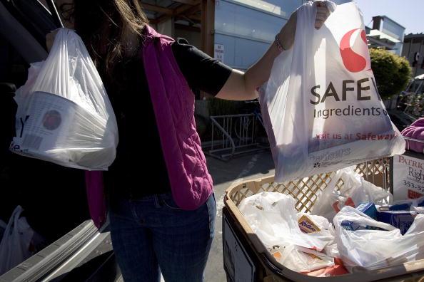 David Paul Morris「San Francisco To Ban Non-Recyclable Plastic Bags」:写真・画像(11)[壁紙.com]