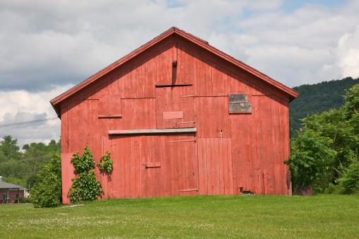 Agricultural Building「Red barn, Wingdale, New York」:スマホ壁紙(16)