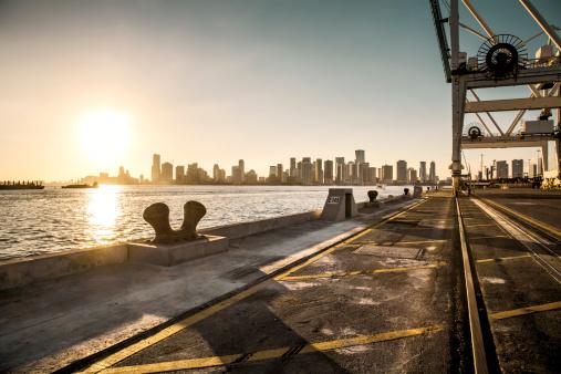 Gulf Coast States「View over Miami harbour docks」:スマホ壁紙(8)