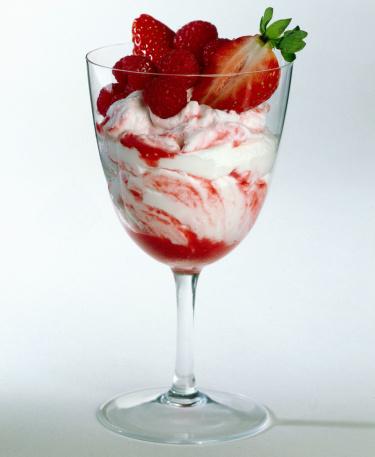 Berry Fruit「Raspberry and strawberry yogurt swirl」:スマホ壁紙(17)