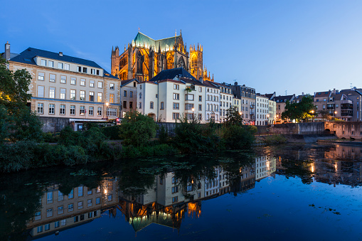Cathedral「Metz Cathedral at sunset in France」:スマホ壁紙(2)