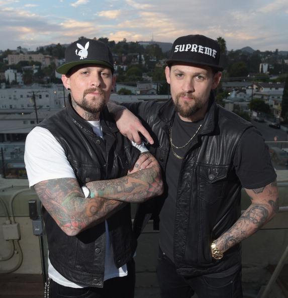 Penthouse「The Madden Brothers Perform At 98.7 FM's Penthouse Party Pad」:写真・画像(10)[壁紙.com]