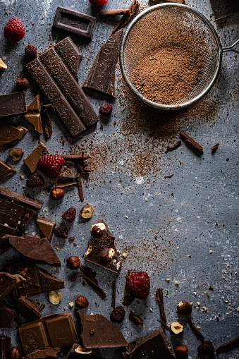 Praline「Background with chocolate」:スマホ壁紙(5)