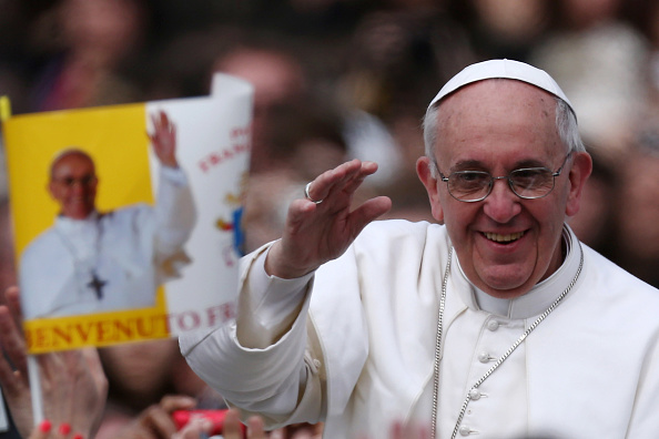 Religious Mass「Pope Francis Attends Easter Mass and Urbi Et Orbi Blessing in St. Peter's Square」:写真・画像(7)[壁紙.com]