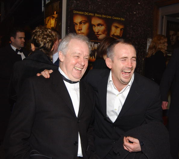 Barry McGuigan「Jim Sheridan And Barry McGuigan At The Premiere Of Gangs of New York 」:写真・画像(19)[壁紙.com]