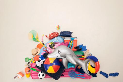 Shoe「Germany, Artificial scene with heap of beach toys」:スマホ壁紙(17)