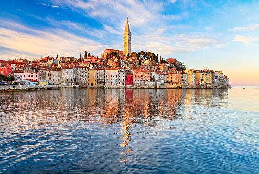 Adriatic Sea「View of old town Rovinj, Croatia」:スマホ壁紙(16)