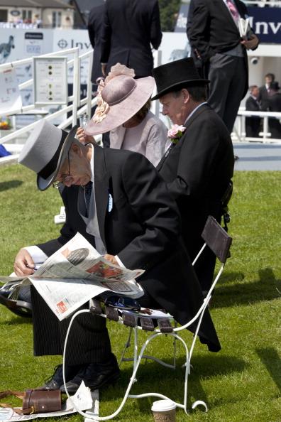 Tom Stoddart Archive「Racegoers At The Derby」:写真・画像(7)[壁紙.com]