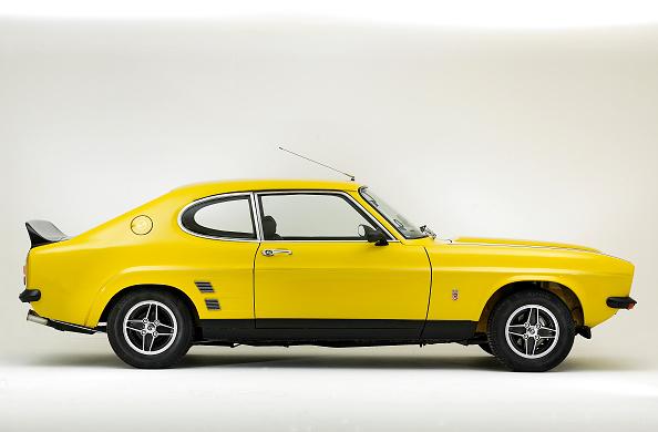 Yellow「1973 Ford Capri RS 3100」:写真・画像(2)[壁紙.com]