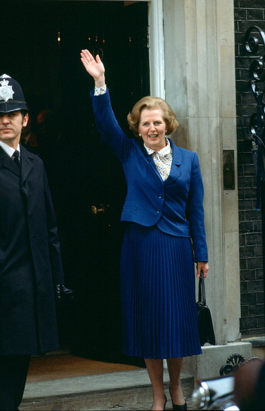Purse「Margaret Thatcher In Downing Street」:写真・画像(1)[壁紙.com]