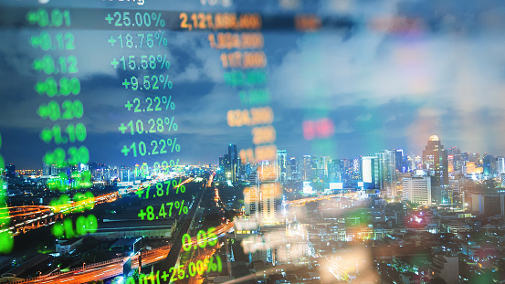 Businessman「Cityscape thailand with investment theme background and stock market chart」:スマホ壁紙(19)