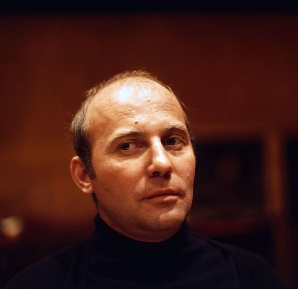 Erich Auerbach「Hans Werner Henze」:写真・画像(0)[壁紙.com]